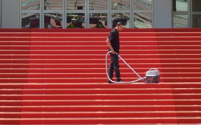 La pulizia e manutenzione delle scale: consigli utili e prodotti